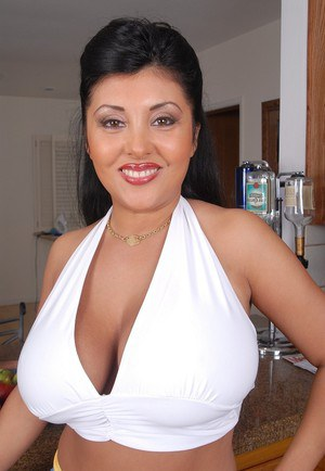 Tanned fat mature Jaylene reveals her pretty big natural boobs