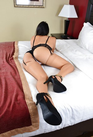 Horny Asian Angelina Chung demonstrates her outstanding juicy booty