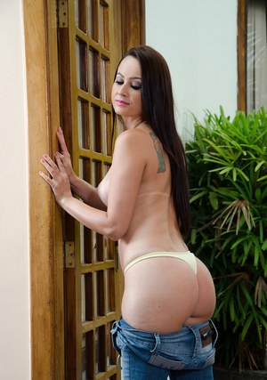 Beauty Latina Natany Lanza demonstrates her gorgeous fuckable booty