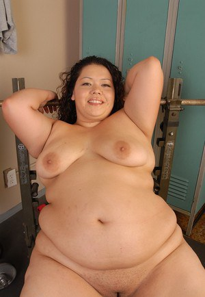 Awesome-looking fatty mature Vanessa plays with her saggy boobs