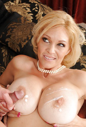 Porntar blonde Charlee Chase is trying to swallow this pipe!