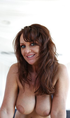 Mature hardcore babe Janet Mason is getting her pussy licked