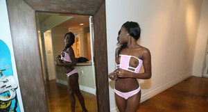 Amateur ebony Molle shows us her awesome naked black asshole