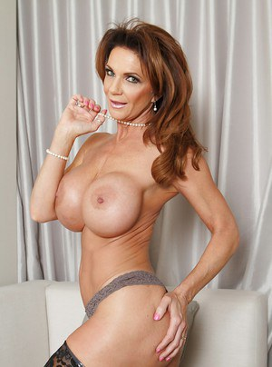 Mature babe in glasses Deauxma shows her amazing big boobies