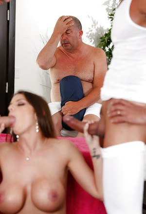 Fantasy girl Brooklyn Chasegets fucked hard by three wide dick