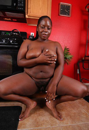 Horny fatty mature ebony Dynasty demonstrates her big boobies