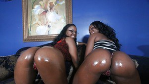 Ebonies Ebony Star and Laylani are showing their oiled bootys