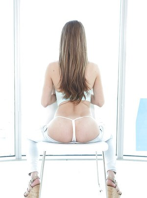 Girlfriend Dillion Carter is showing us her amazing ass and big tits