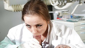 Nurse Candy Alexa plays seducing game with amazing big schlong