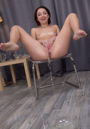 Good babe Leona likes pissing all over this place and licking her feet