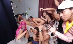 Foxy coed girl Kaylee Banks has exciting sex in a girls dormitory