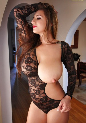 Amusing babe September Carrino is boasting with her big-sized melons