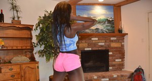 Curvy ebony empress Kay Love drops her shorts and shows nice ass
