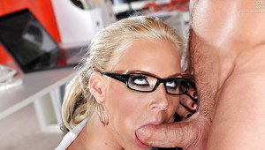 Blonde panther forgets to take off glasses before taking cock in mouth