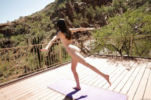 Steaming coed girl Emily Grey does yoga exercises totally naked