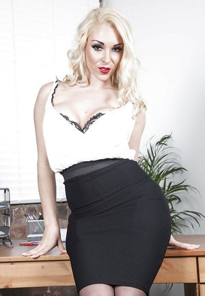 Blonde office babe Victoria Summers wears black lingerie and jerks off