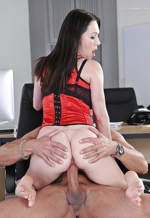 Office milf Rayveness gets involved into foot fetish and cunt-fucking
