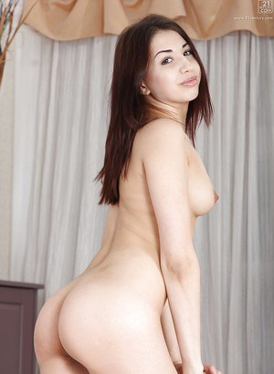 Alluring Asian princess with sexy butts fingering her asshole deeply