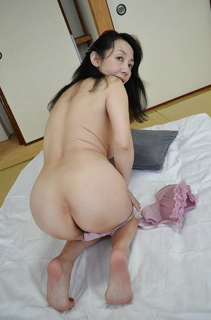 Close up hairy pussy shots of mature Asian lady Tsuyako Miyataka