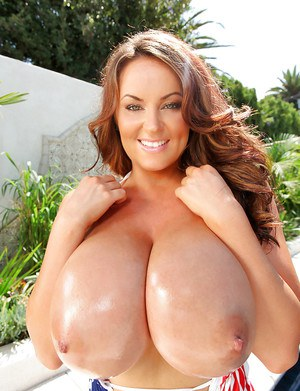 Seeing pornstar Sarah Nicola Randall's huge boobs will drive you mad