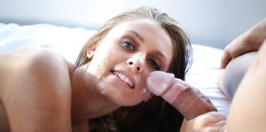 A tit job performed by Milf Whitney Westgate ends in a creamy cumshot