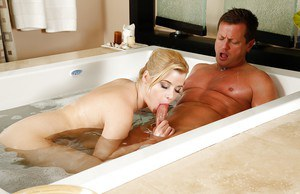 Charlyse Angel gets all wet taking a bath before giving a blowjob