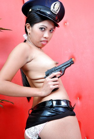 Slutty cop Jenny slowly undresses and makes you want to be arrested