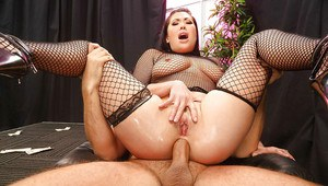 Big cocks don't scare Asian London Keyes when it comes to anal sex