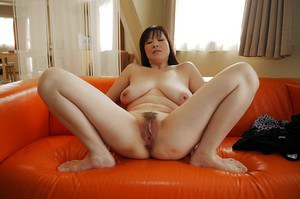 Juicy ass and big tits on Asian Masae Hamae that has a hairy pussy