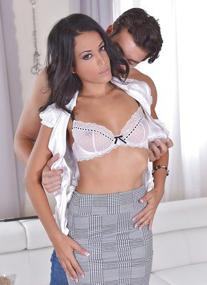Latina Layla Sin has some serious BDSM fetishes that get fulfilled