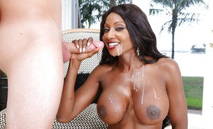 Mature ebony mom Diamond Jackson gets black pussy licked outdoors