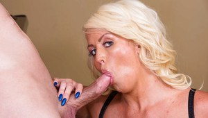 Busty Milf pornstar Alura Jenson sucking dick for cumshot on knees
