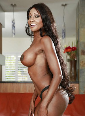 Mature ebony Diamond Jackson letting her big black tits loose