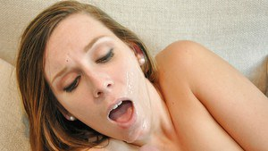 Horny MILF Kaylee Banks goes ass to mouth for big cumshot on face
