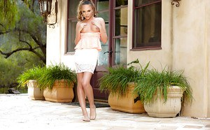 Teen pornstar Aubrey Star removes frilly summer dress and spreads twat