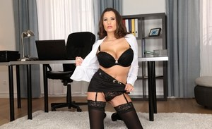 Sexy secretary Sensual Jane strips off her pantyhose and garter