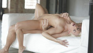 Euro model Jessie Volt enjoying cunnilingus and ass fucking session