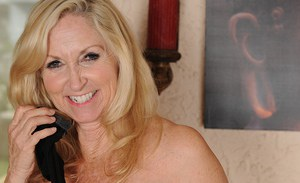 Over 50 MILF Annabelle Brady shows off her sexy glams in stockings