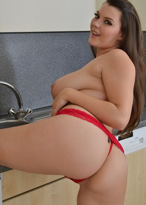 Plumper Cherry Blush stripping naked for masturbation at launderette
