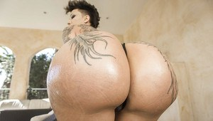 Tattoo model Bella Bellz flashing freshly shaved gash and big ass