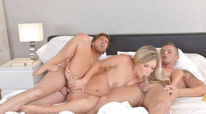 Beautiful blond chick Eva Parcker deepthroating cock while being ass fucked