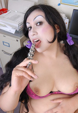 Pigtailed fatty Terina using kinky sexy toy to satiate shaved pussy