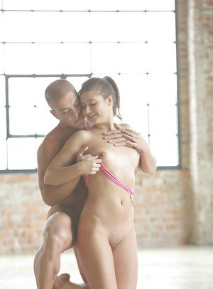 Beautiful pornstar Vicca getting nailed doggystyle with cumshot on ass