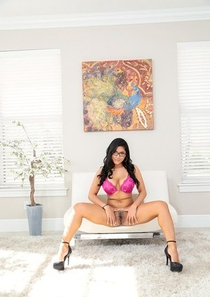 Big ass Latina angel Selena Kyle playing with her hairy pussy in heels