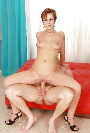 Short haired MILF Petka receives oral sex before swallowing cum from cock