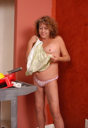 Older blond woman Ivy surprises with upskirt of pretty panties