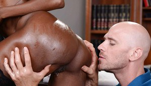 Black pornstar Diamond Jackson has her big black butt sniffed and licked