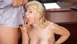 Blonde office worker Sarah Vandella giving blowjob in pantyhose and heels