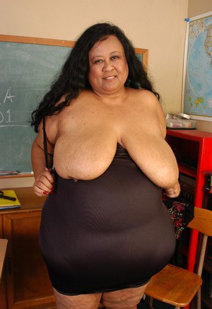 SSBBW teacher Debrina letting her massive saggy tits loose in classroom