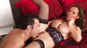 Big boobed babe Nikki Benz sucking a thick dick for cumshot on breasts